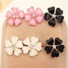 3 Pairs of Flower Earrings