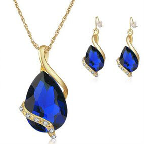 Teardrop Swarovski Jewellery Set - blue